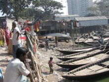 Over 3,200 Shasthya Shebikas live and work in the informal settlements of Dhaka, Bangladesh.
